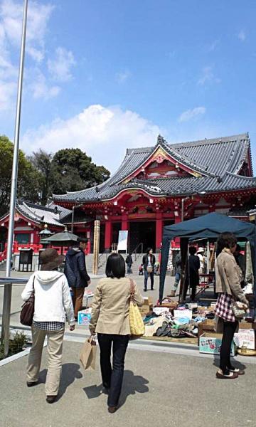 愛知県あま市の甚目寺観音で毎月12日開催の『朝市』がすっげえオシャレな件
