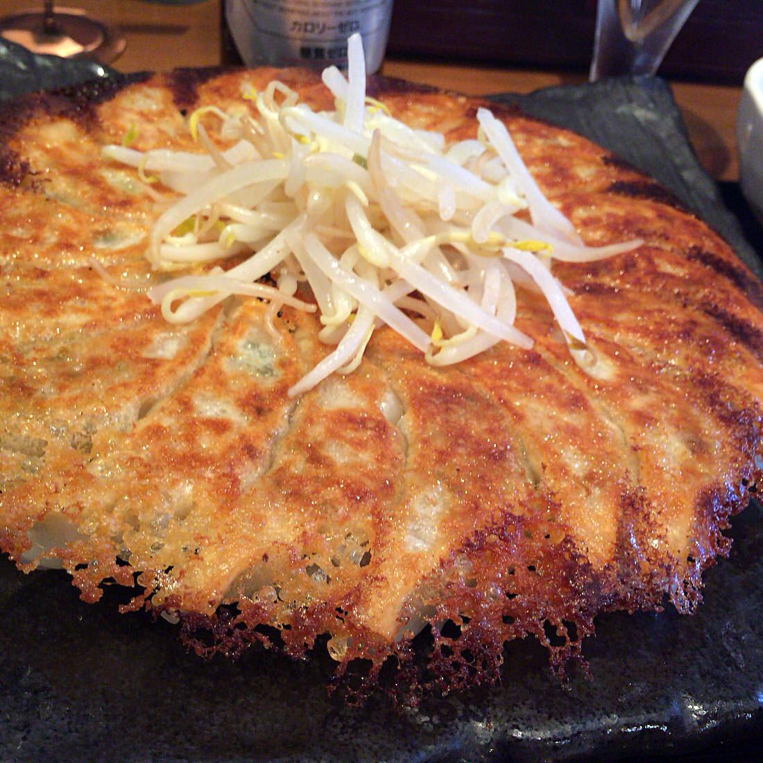 浜松餃子は工場直販の『浜太郎』がおすすめ!餃子作りを見て、食べて、買って、大満足するのがいいよ!