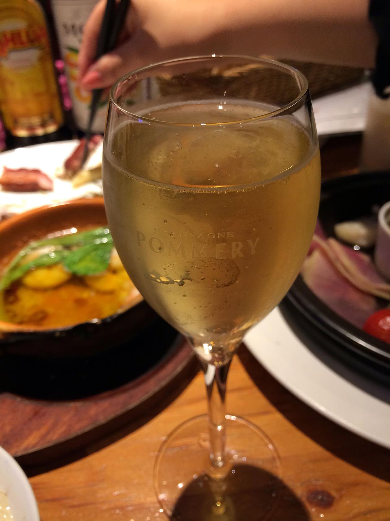 ワイン-MARU。