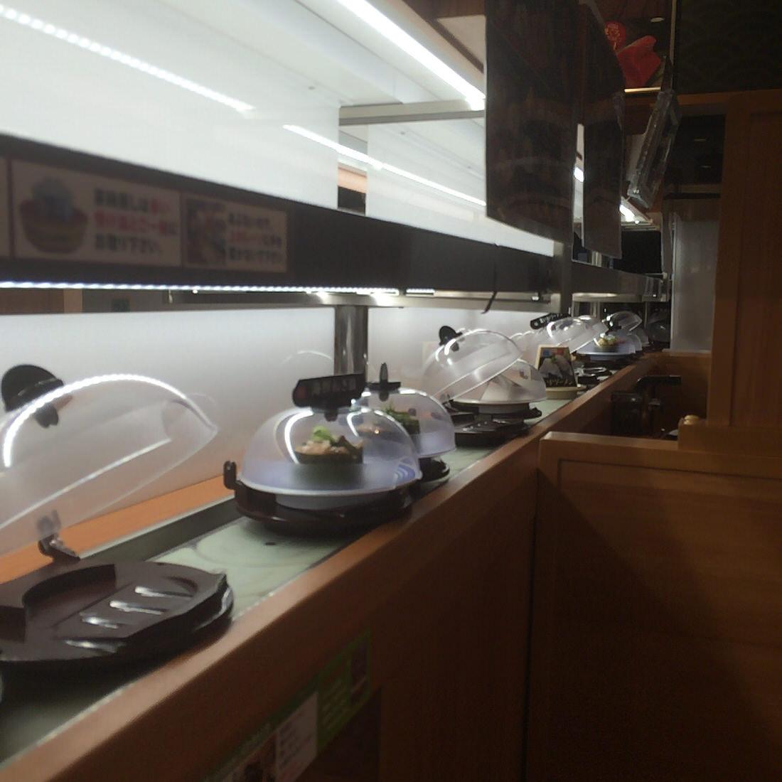 平日限定のくら寿司「かけうどん」で私の胃袋は満たされている
